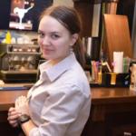 девушка барист