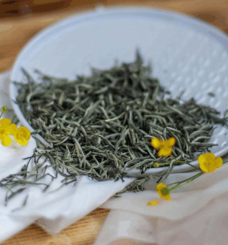 Белый чай Серебряные иглы с белым пушком